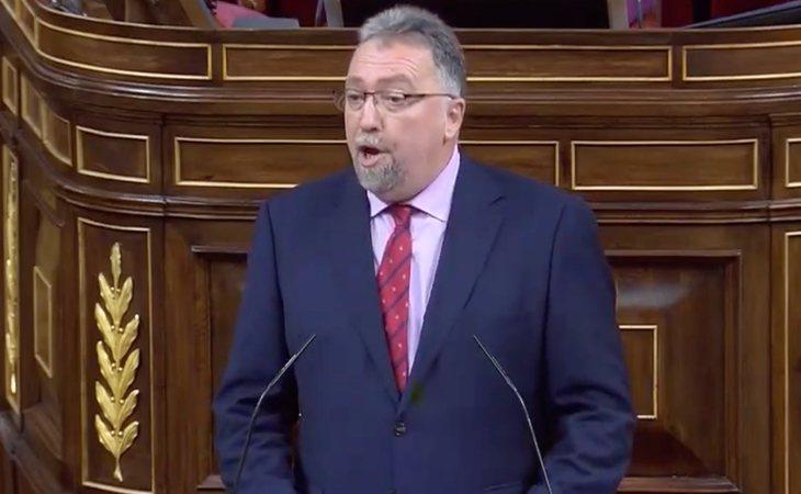 Isidro Martínez Oblanca anuncia que Foro Asturias no apoyará la moción de censura.  'No son suficientes para votarles sus coincidencias con ...