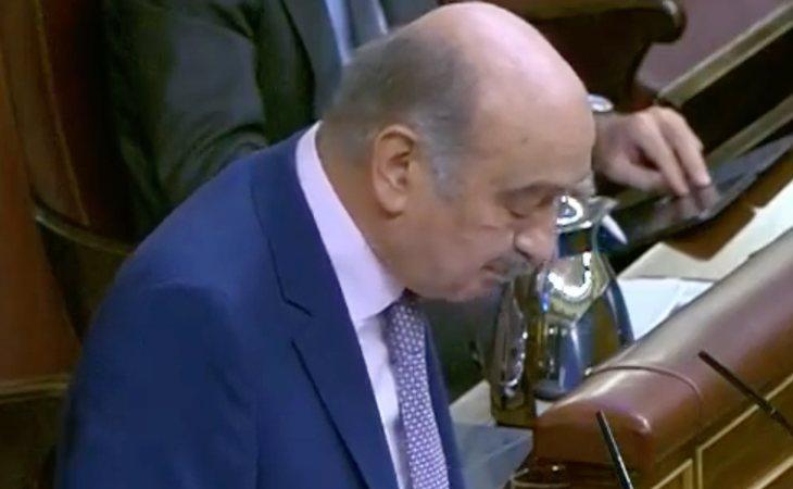 José María Mazón Ramós (PRC) deja claro su voto a la moción de censura de VOX: 'Si ustedes estuviesen en el Gobierno, sería un peligro publico. ...