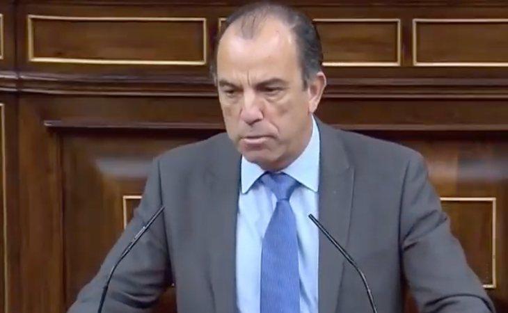 Carlos García Adanero (UPN) no apoyará la moción de censura de VOX aunque advierte que eso no significa que apoye a Sánchez. 'Nosotros, además, ...