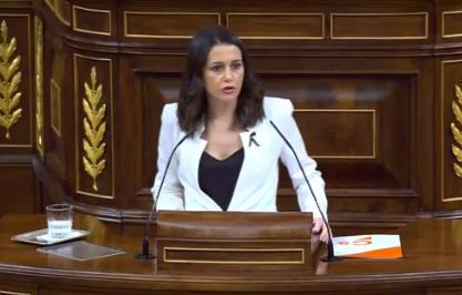 Inés Arrimadas recuerda qué sucede mientras se debate la moción de censura: 'Cada día hay más de 200 muertos por el coronavirus, como si cayese ...