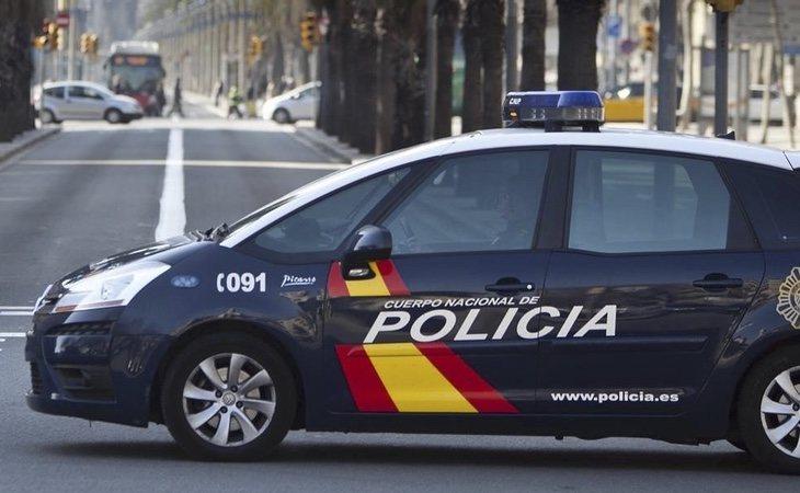 La mujer fue capaz de alertar a una pareja de policías que patrullaba por la zona