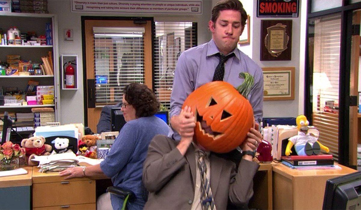 Los protagonistas de 'The Office' viven Halloween en el trabajo