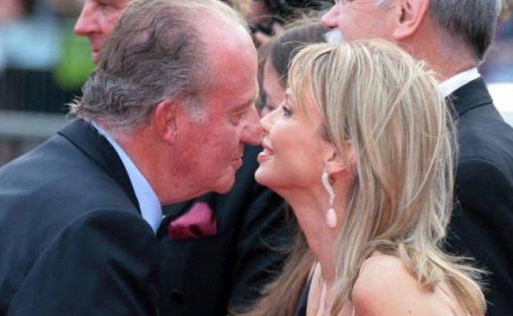 El rey Juan Carlos junto a su exímante, Corinna Larsen