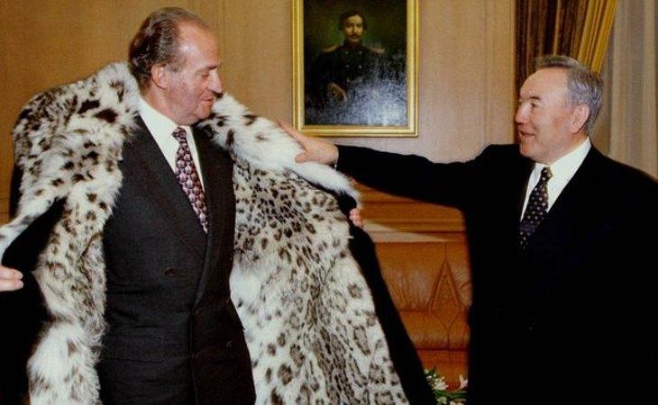 El rey Juan Carlos y el presidente de Kazajistán, Nursultan Nazarbayev, eran grandes amigos