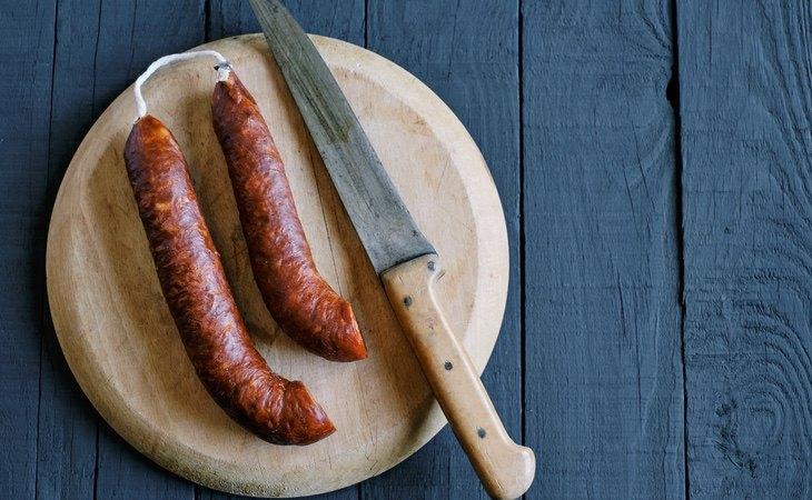 El chorizo se encuentra entre las variantes de carnes procesadas
