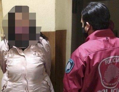 Detenida una madastra por violar a su menor adolescente y enviar los vídeos a la madre por WhatsApp