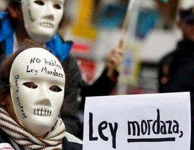 El Constitucional avala la 'Ley Mordaza' y las devoluciones en caliente