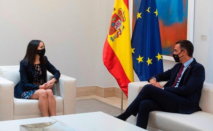 El acuerdo con ERC abre una grieta tras explorar una senda de pactos con Ciudadanos
