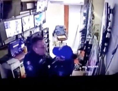 Despiden a dos policías tras ser grabados practicando sexo en un hospital en plena jornada