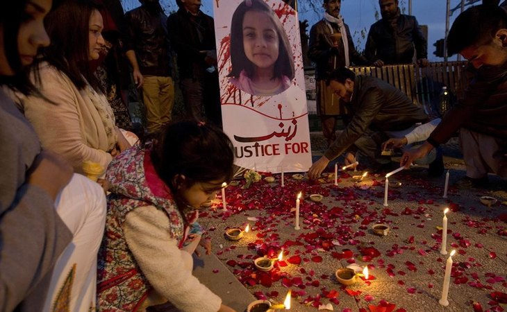 Concentración en Pakistan tras la violación y asesinato de una niña de 6 años