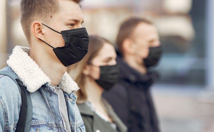 El uso de mascarillas seguirá siendo obligatorio durante 2021