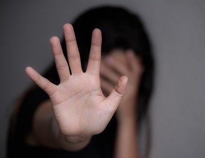 Viola cuatro veces a su sobrina de ocho años en Murcia mientras la obligaba a ver porno