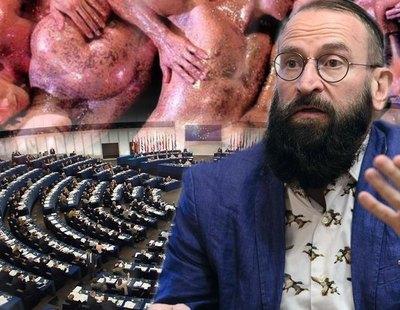 Dimite el eurodiputado homófobo del partido de Orbán tras ser cazado en una orgía de 25 hombres