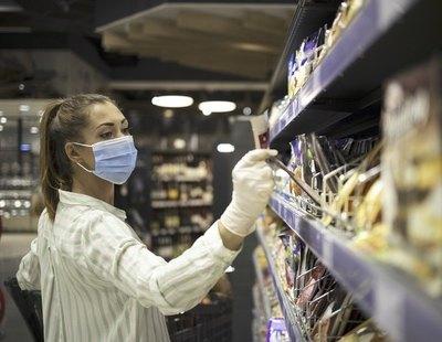 Alerta alimentaria: Sanidad retira de la venta estas bebidas y postres del supermercado