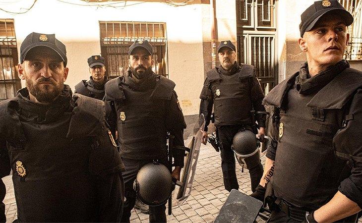 Raúl Arévalo y Patrick Criado en 'Antidisturbios'