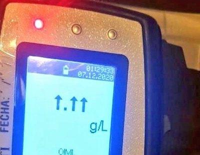 Un conductor ebrio 'rompe' el alcoholímetro al sobrepasar la tasa que puede medir el dispositivo