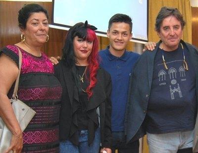 La hija de Almudena Grandes y Luis García Montero se erige como 'musa' de Falange Española