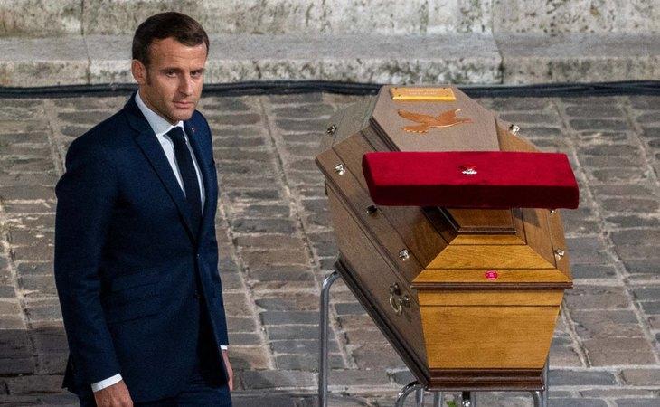 Emmanuel Macron, presidente de Francia, durante el homenaje nacional al profesor decapitado