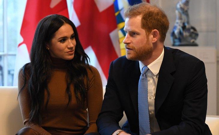 El príncipe Harry y Meghan Marckle, duques de Sessex, han renunciado al tratamiento de alteza real y a sus obligaciones con la familia real británica
