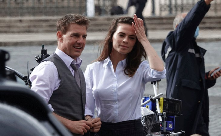 Tom Cruise y Hayley Atwell en el set de rodaje de 'Mission: Impossible 7', de Christopher McQuarrie
