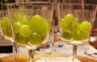 ¿Por qué tomamos uvas en Nochevieja? Así se originó la tradición