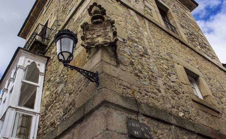 Molinaseca también destaca por sus casas nobiliarias