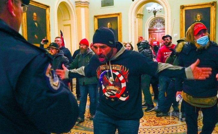 Enfrentamientos durante el asalto