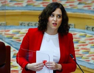 Ayuso rechazó los sanitarios gratis del Ayuntamiento de Madrid para la vacuna mientras pagaba 800.000 euros a Cruz Roja