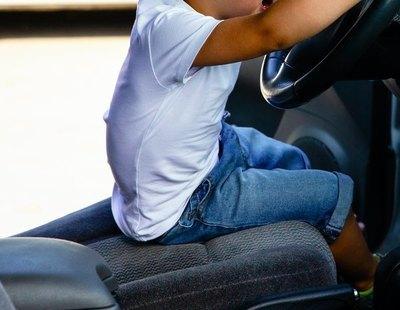 Interceptan un coche conducido por un niño de 9 años en Sitges con su madre de copiloto