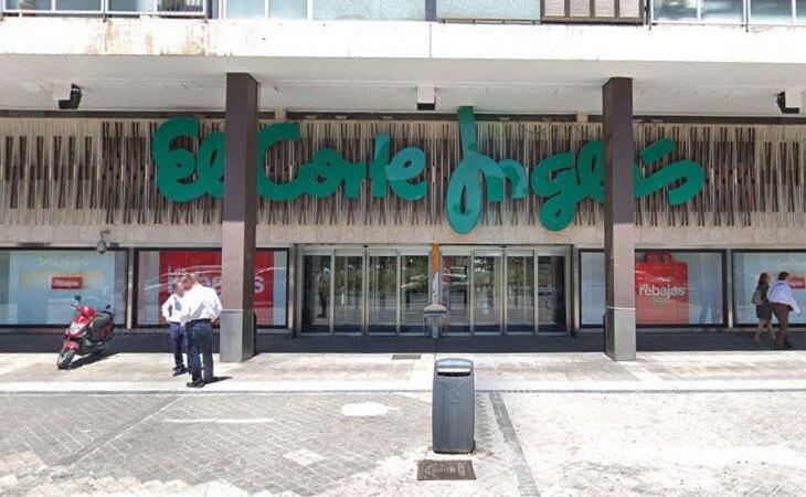 El Corte Inglés de Arapiles ya ha cerrado sus puertas y será reconvertido en un Outlet de la firma