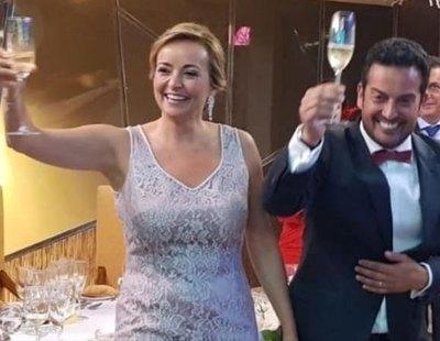 """Un matrimonio de alcaldes de Alicante se vacuna en su ambulatorio porque """"sobraban dosis"""""""