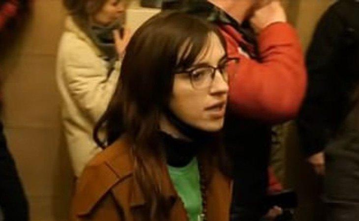 Riley June Williams, durante el asalto, todavía permanece fugada