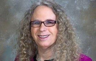 Rachel Levine, nombrada subsecretaria de Salud de EEUU por Biden, hace historia: primera mujer trans funcionaria federal