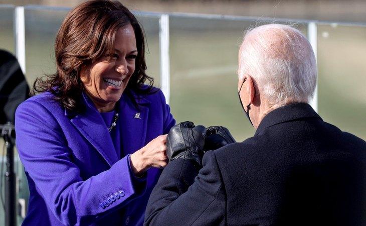 Kamala Harris y Joe Biden durante la toma de posesión