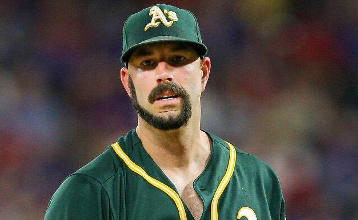 Mike Fiers, jugador de béisbol que originó la moda de la barba a lo