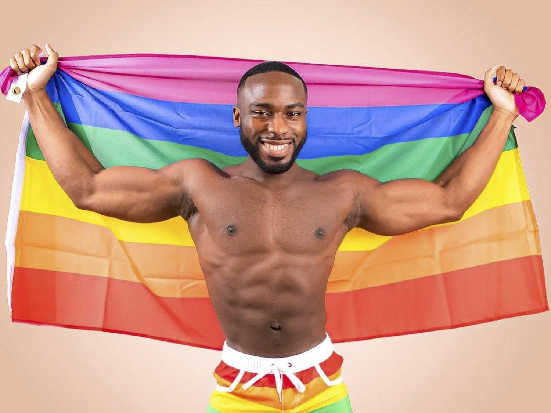 Bolu Okupe, hijo de un político homófobo de Nigeria, sale del armario ante la indignación de su padre