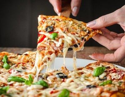 Alerta alimentaria: retiran de la venta estas populares pizzas del supermercado por listeriosis