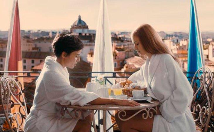 Tras las críticas a 'Caótica Ana', el largometraje inspirado en la pérdida de de su hermana, Julio Medem regresó en 2009 con 'Habitación en Roma'