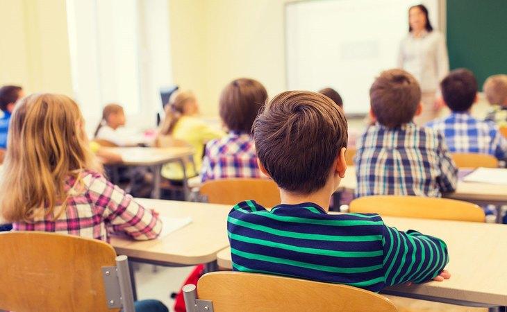 El pin o veto parental pretende evitar que los menores sean educados en diversidad