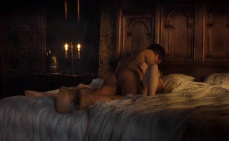 Daphne y Simon hacen el amor por primera vez en 'Los Bridgerton'