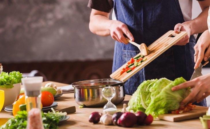 Algunas personas pueden experimentar gases sin consumen muchas ensaladas