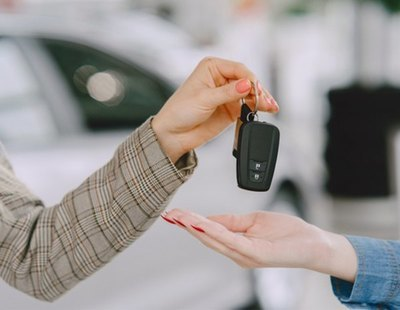 La razón por la que deberías envolver siempre la llave del coche con papel de aluminio