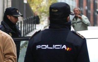 Detenidos en Mallorca por secuestrar a una persona discapacitada, tatuarle penes en la cara y coserle los dedos de los pies