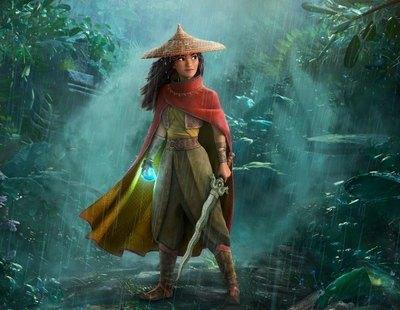 La actriz de doblaje de 'Raya y el último dragón' cree que la protagonista es lesbiana