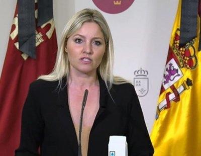 ¿Qué hay tras la moción de Murcia? Centenares de vacunados irregulares y acoso a un denunciante de corrupción