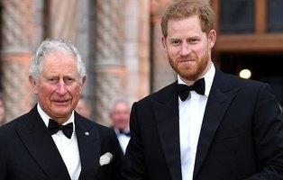 ¿Es Carlos el padre del príncipe Harry? La teoría sobre el polémico romance de Lady Di