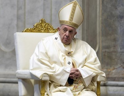 El Vaticano aclara que la Iglesia católica prohíbe bendecir las uniones homosexuales