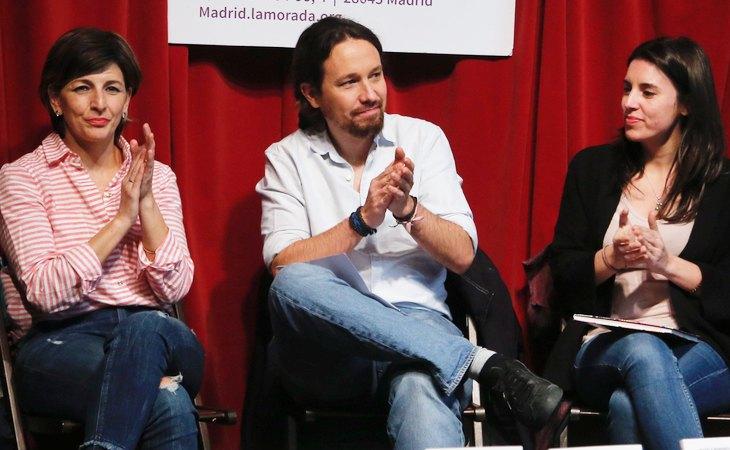 Yolanda Díaz junto a Pablo Iglesias e Irene Montero