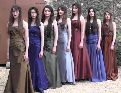 Drama nacional: Flos Mariae, la girl band cristiana, se separa