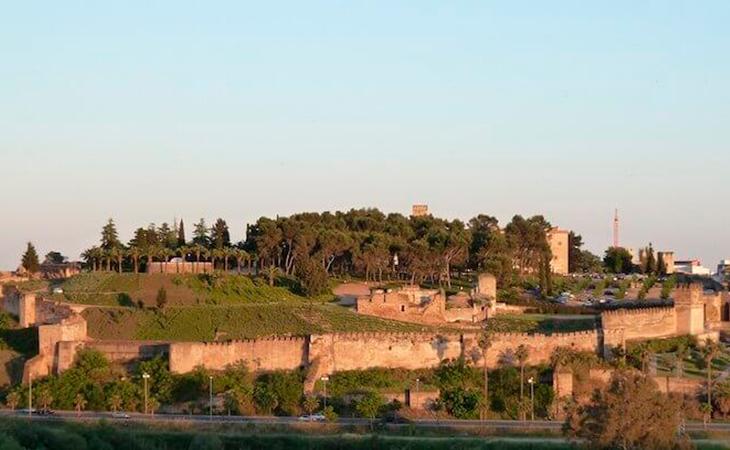Es la Alcazaba más grande de Europa